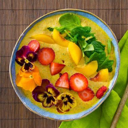 Maca-Tropical Smoothie & Bowl